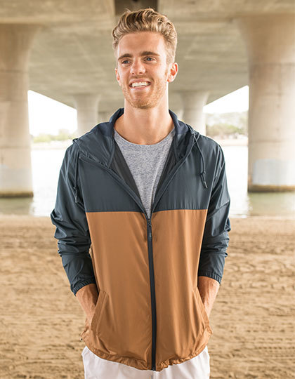 Men`s Lightweight Windbreaker Jacket in Khaki